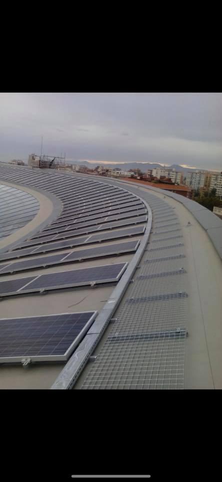 Fotovoltaica_autoconsum_99KW_carrefour_tarragona