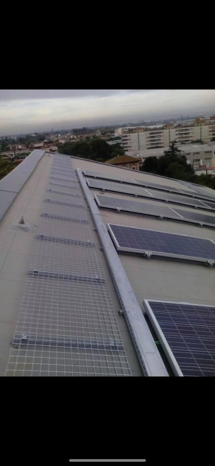 Fotovoltaica_autoconsum_99KW_carrefour_tarragona5